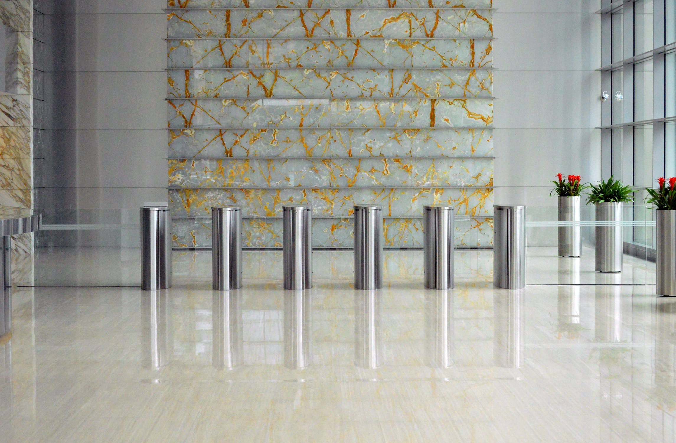 Marble Tiling Inspirations for This Summer